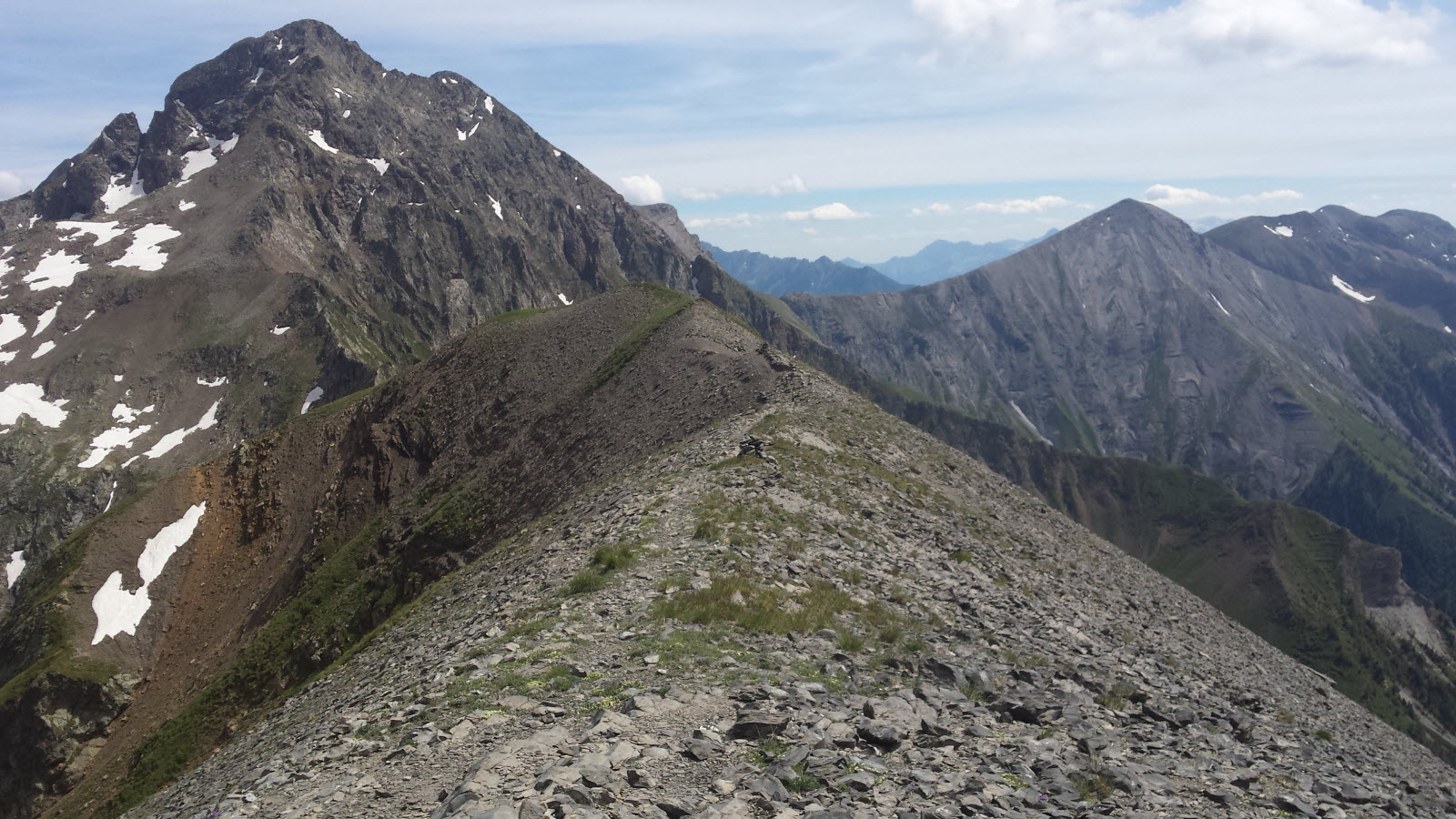 Crête de la Montagne (2576 m)